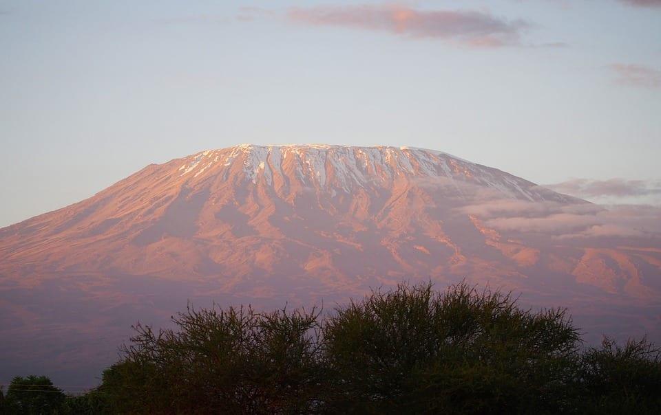 kilimanjaro-1203937_960_720.jpg