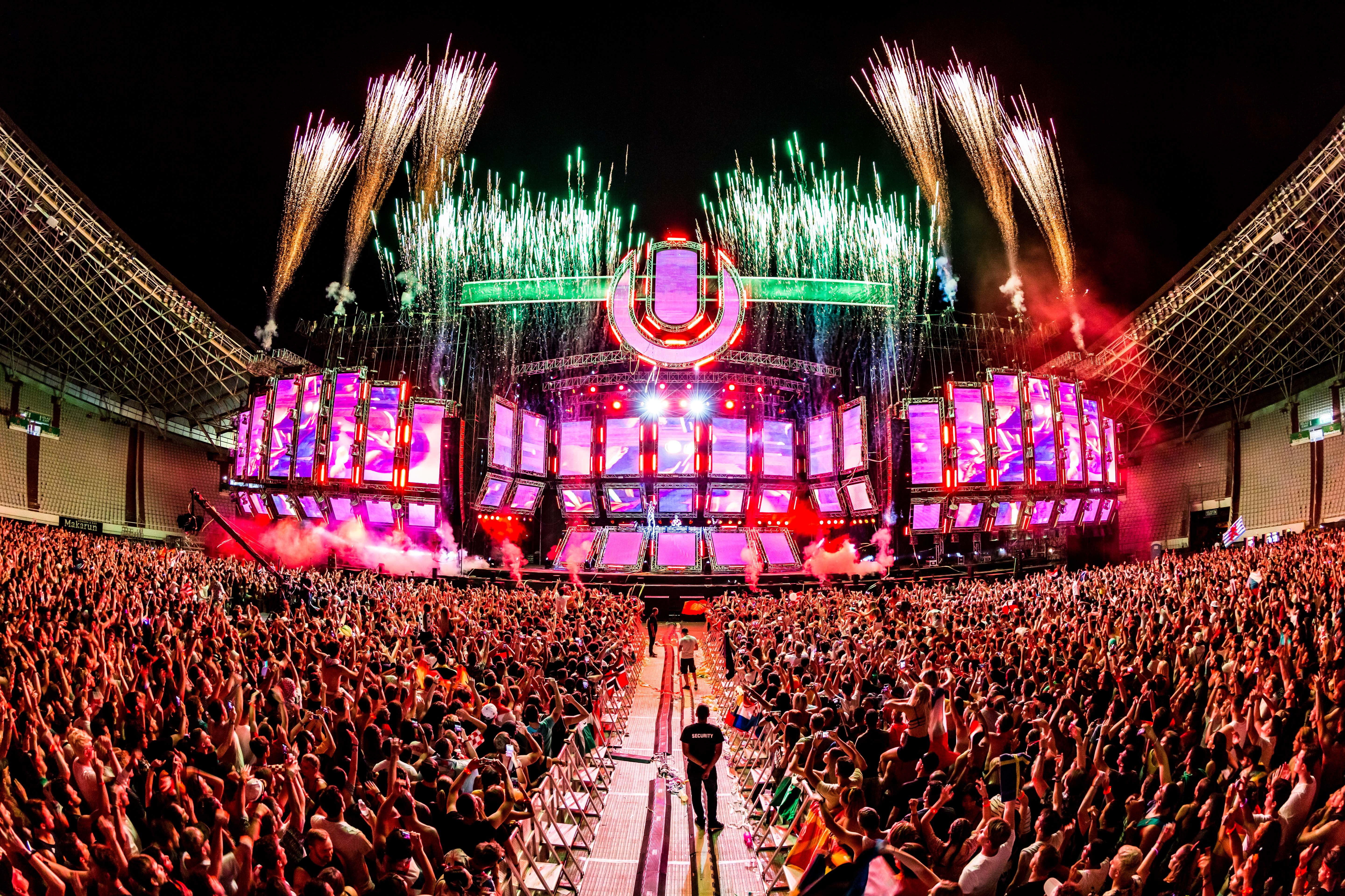 ultra_europe_photo_by_edmkevin2.jpg