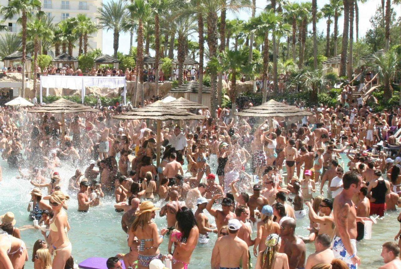vegas-pool-parties-2014-1280x860.jpg