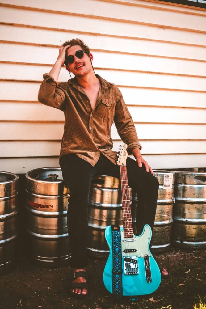 Rising Indie-rock Virtuoso Andy Martin shares 'Heat Of It All ...